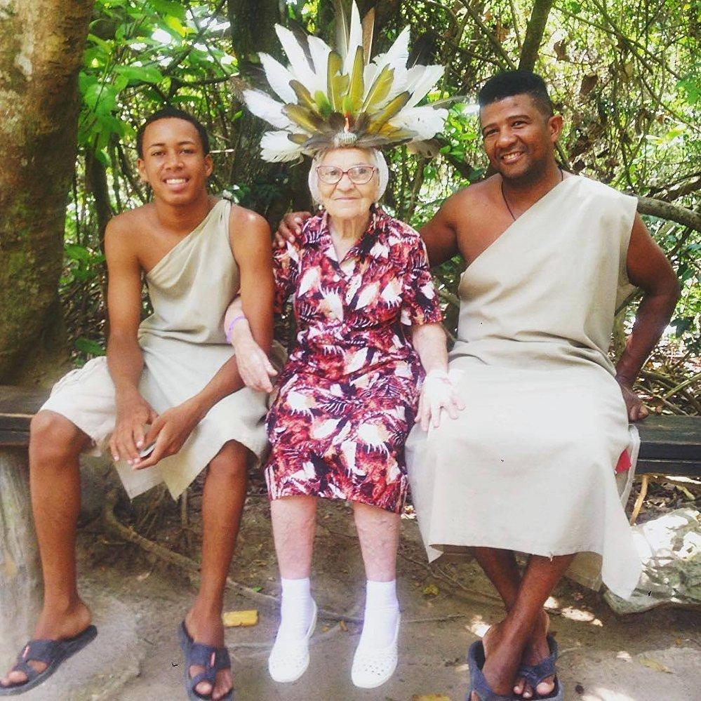 在多米尼加庆祝90岁生日