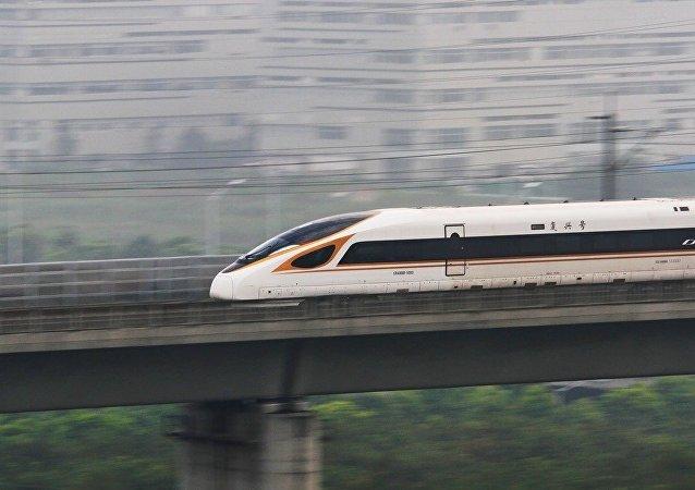 中國測試了能容納1100多名乘客的新「復興號」列車