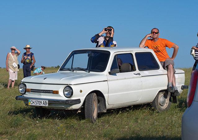 扎波罗热汽车飙车