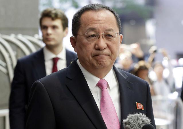 中国外交部:朝鲜外相过境北京 中朝外长将会面