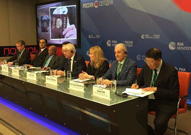 上海社科院俄羅斯中亞研究中心主任潘大渭教授
