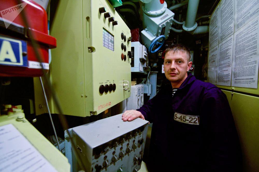 「諾沃羅西斯克」號是已建造的6艘636.3級潛艇中最早建成的一艘,2014年6月下水,以新羅西斯克為母港。
