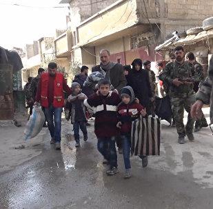 敘利亞總統阿薩德在東古塔地區親自駕車