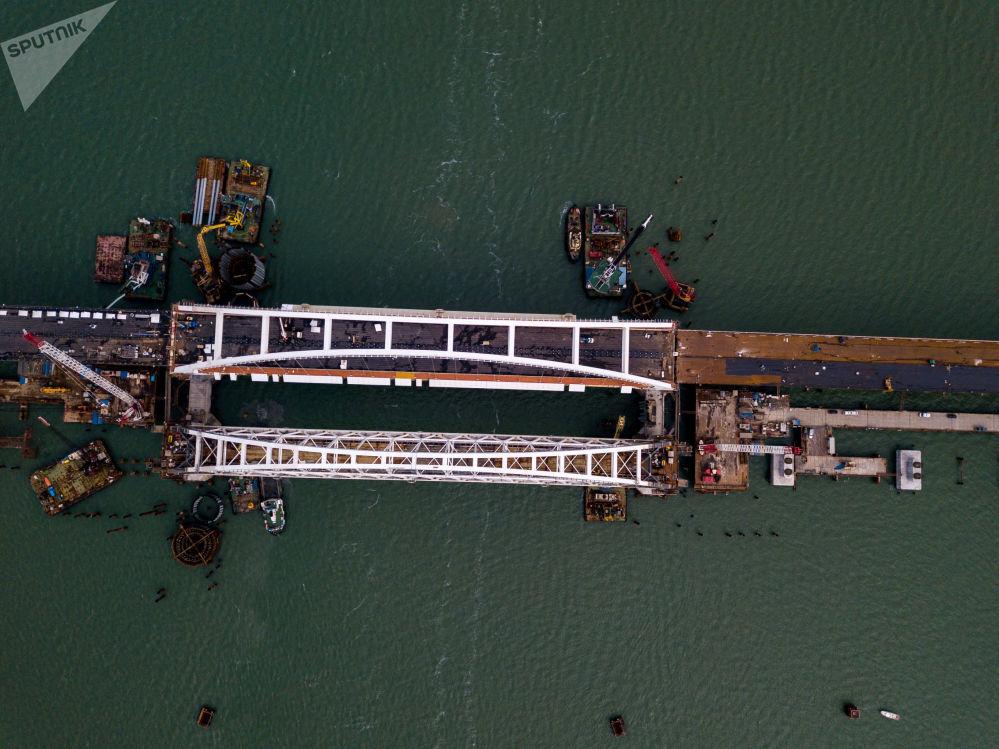 在建的部分克里米亚大桥