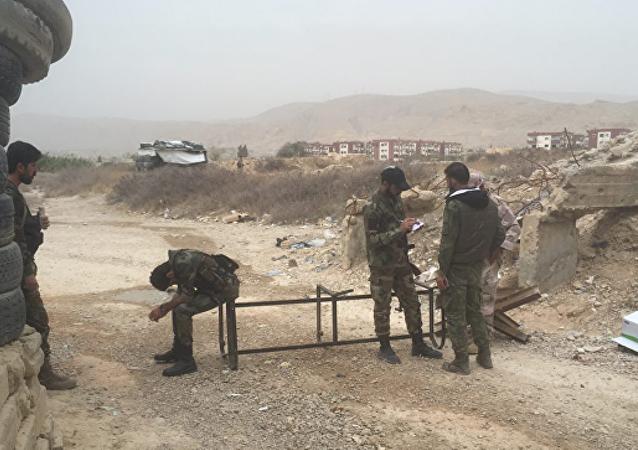 媒体:叙杜马武装分子造谣发生化武攻击以阻挡政府军