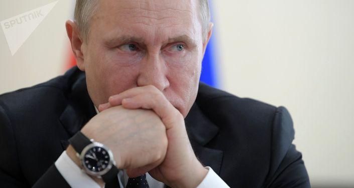 克宮:普京聽取刻赤市理工技校爆炸事件的彙報並表達慰問