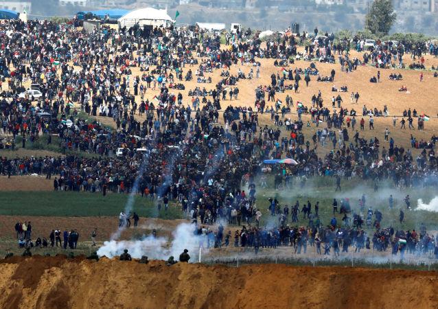 巴勒斯坦卫生部:巴以在加沙地带边境发生冲突导致70名巴方人员受伤