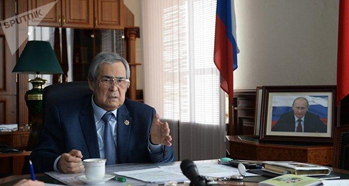 普京签署命令终止克麦罗沃州长权力