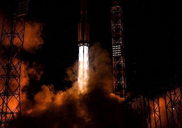 """俄沃罗涅日机械厂完成""""质子""""号和""""联盟""""号火箭发动机测试工作"""