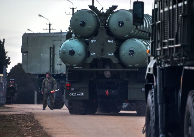 俄军最新式S-400系统在加里宁格勒投入战斗值班