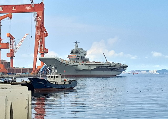 媒体:中国首艘国产航母开始第二次海试
