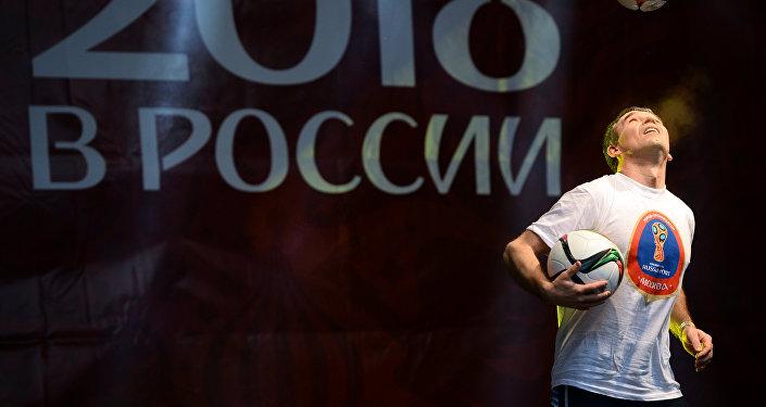 俄总统新闻秘书:俄在紧锣密鼓地准备世界杯