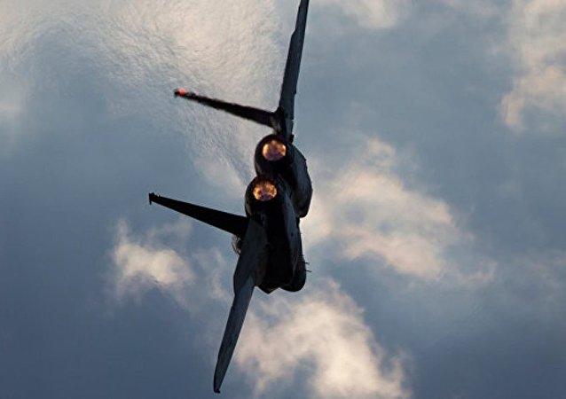 外媒:韩国一架军用飞机坠毁