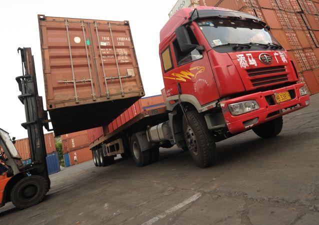 中国商务部:中美双方没有就经贸问题进行任何谈判