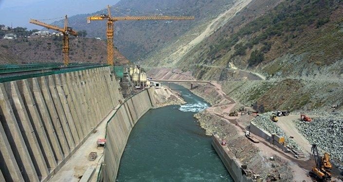 印度希望说服尼泊尔不要使用中国公司建设水电站