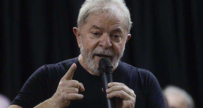巴西警方推迟拘捕前总统卢拉