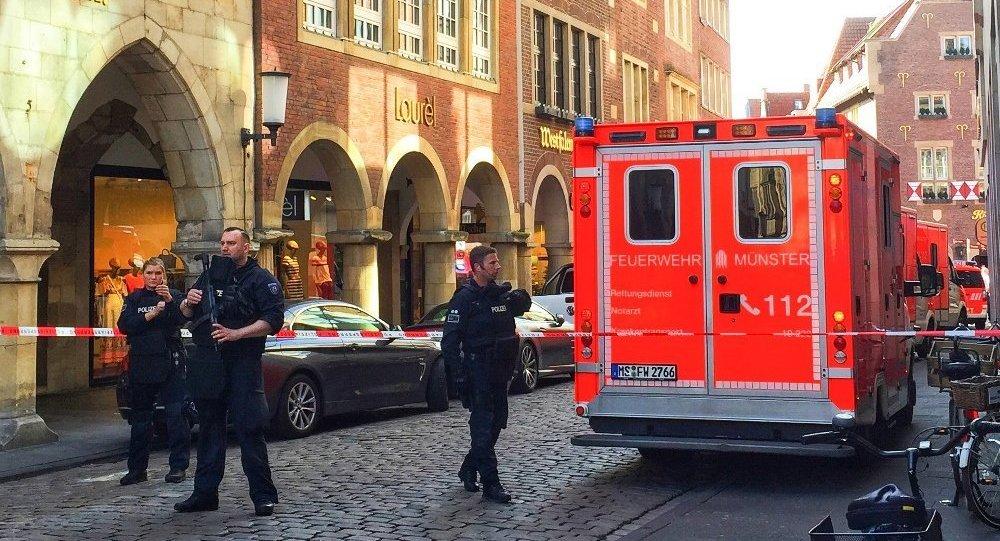 德国警方:明斯特袭击事件造成3死20伤