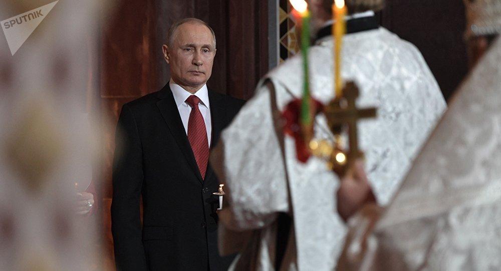 普京祝贺俄罗斯人复活节快乐