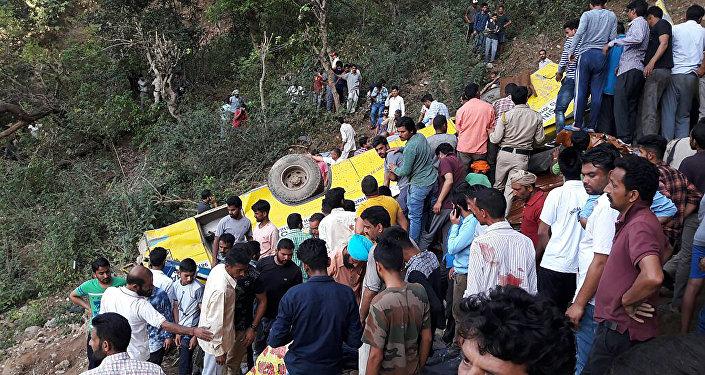 印度交通事故导致26名小学生死亡