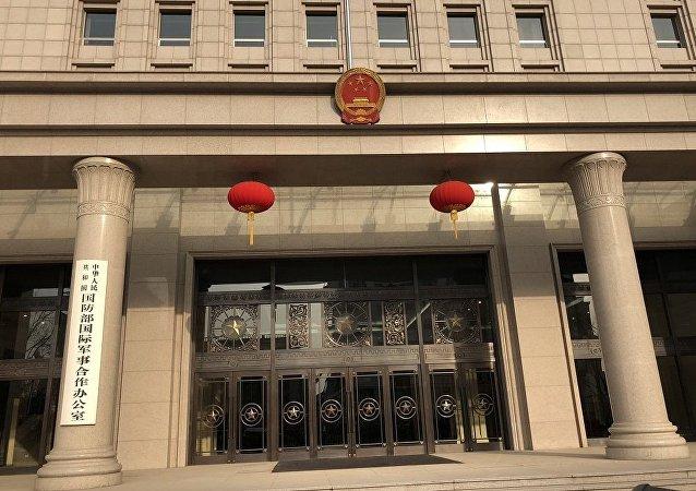 中国防长魏凤和将于年内访问美国