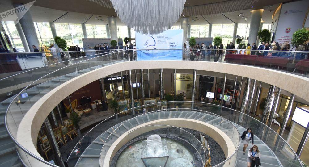媒體:出席俄雅爾塔國際經濟論壇的中國代表團將最為龐大