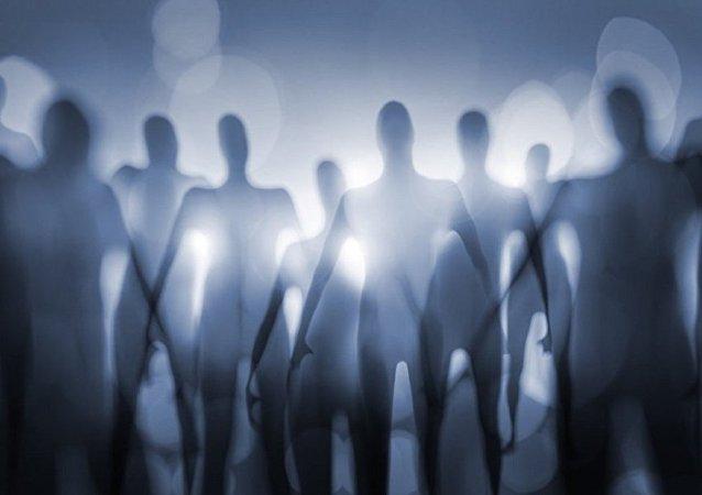 科学家们从遥远的星系捕获到72个奇怪的信号