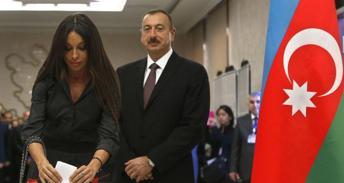 阿塞拜疆執政黨推舉的候選人阿利耶夫贏得總統大選勝利