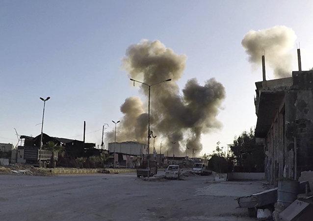 媒体:美国官员收到叙杜马化武袭击受害者含氯的体液样本