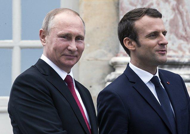 俄法總統通話強調調查杜馬鎮疑似化武事件的重要性