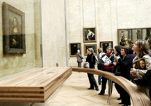 蒙娜丽莎的面部表情取决于赏画者的情绪
