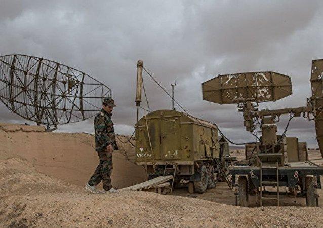 美国记者访问叙杜马镇 未发现化武袭击证据
