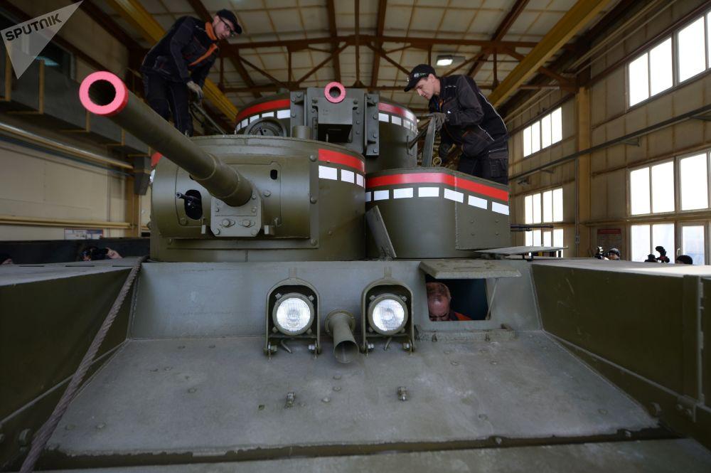 勇敢奖章上的图像正是这部坦克