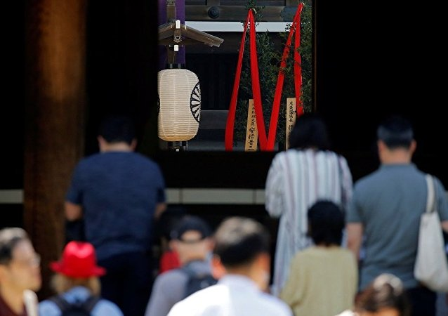 日本首相向靖国神社供奉祭品但未前往参拜
