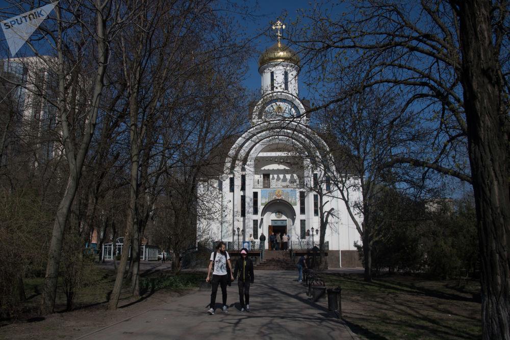 頓河畔羅斯托夫聖母帡幪教堂