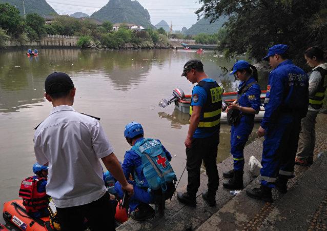 桂林龙舟翻船事件死亡人数升至17人