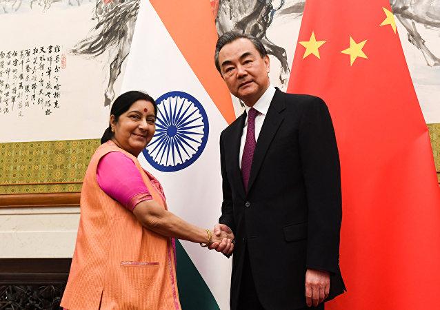 中印高层上合组织峰会前夕再度握手