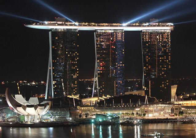 新加坡为金特会发行纪念币 (图片)
