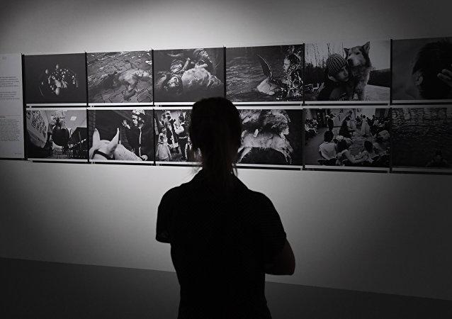 土耳其阿纳多卢通讯社摄影部主任担任2018年斯捷宁新闻摄影大赛评委会主席