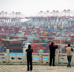 中方愿通过中美经贸问题磋商解决彼此关切