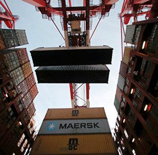 中国海关总署:前5个月中国对美贸易顺差为7506亿元 扩大11.9%