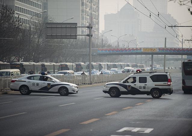 媒体:四川仁寿一男子持刀冲入派出所被击毙 两民警重伤牺牲