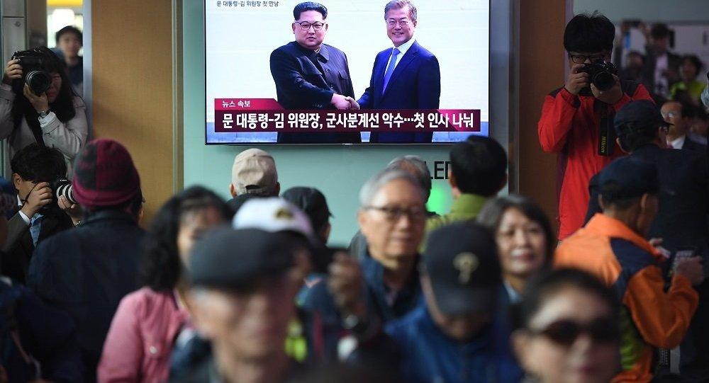 朝鲜最高领导人金正恩抵达板门店