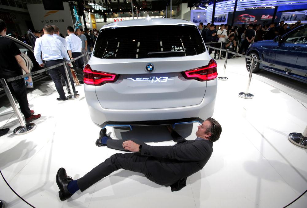 寶馬iX3(BMW iX3)電動車