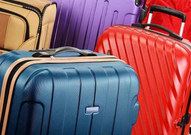 為甚麼俄羅斯遊客不包行李