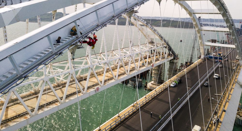 克宫:克里米亚大桥开通仪式不太可能在普京缺席情况下举行