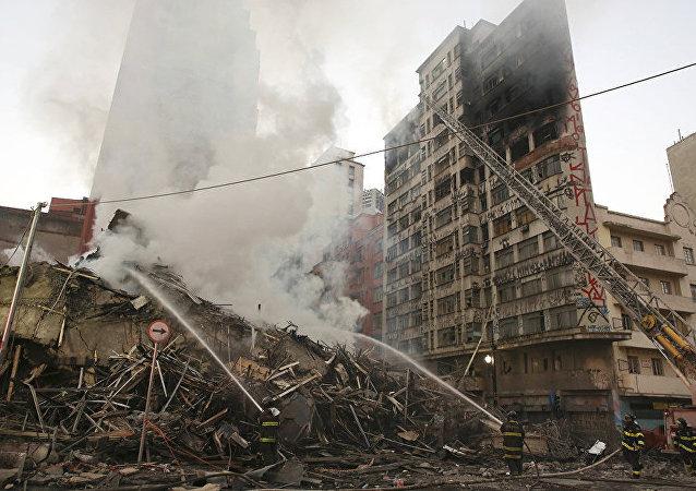巴西聖保羅市火災導致一座高樓坍塌 (2018年5月1日)
