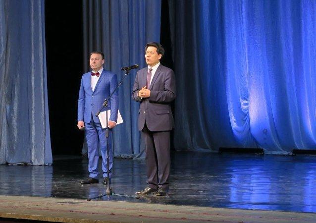 中国驻俄罗斯联邦特命全权大使李辉在纪念伊万诺沃国际儿童院建院85周年隆重音乐会上讲话