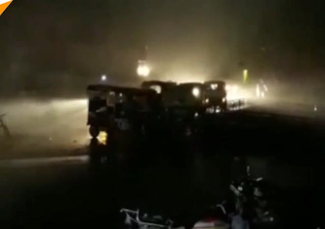 印度北部一天内因沙尘暴和暴雨有约70人死亡