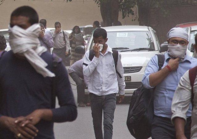 印度沙尘暴导致127人死亡