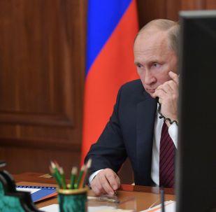 普京在与阿萨德的电话会谈中